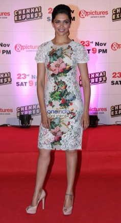 Deepika Padukone at Zee TV's success party for film Chennai Express