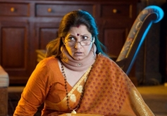 Dimple Kapadia still from film What The Fish