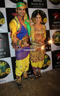 Diwali Celebration on the Sets of Nach Balliye
