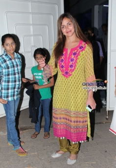 Esha Deol snapped at Singh Saab The Great film premiere