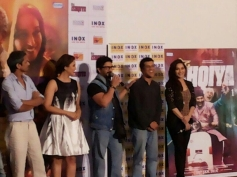 Huma Qureshi and Madhuri Dixit at Dedh Ishqiya Theatrical Trailer Launch