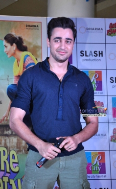 Imran Khan during the promotion of Gori Tere Pyaar Mein at R City Mall