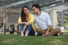 Kareena Kapoor and Imran Khan still from film Gori Tere Pyaar Mein song