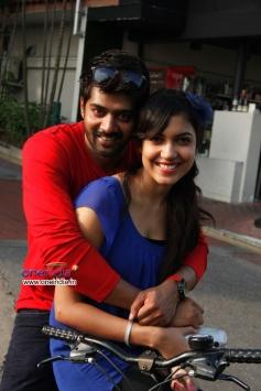Naveen Chandra and Ritu Varma in Naa Rakumarudu Movie