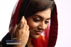 Nazriya Nazim in Film Salala Mobiles