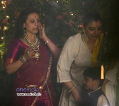 Rani Mukerji with Vaibhavi Merchant at Aditya Chopra Diwali Bash 2013