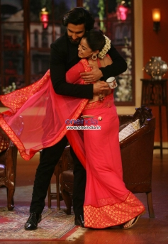 Ranveer Singh on the sets of Comedy Nights with Kapil