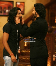 Ranveer Singh promotes his film Ram Leela on the sets of Comedt Nights with Kapil tv show