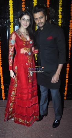 Ritesh Deshmukh along with his wife Genelia at Ekta Kapoor's Diwali Bash 2013