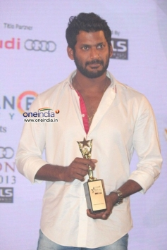 Vishal at RITZ Icon Awards