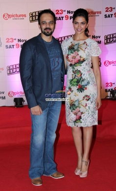 Rohit Shetty poses with Deepika Padukone at Zee TV's success party for film Chennai Express