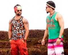 Sachiin Joshi and Bharath still from film Jackpot