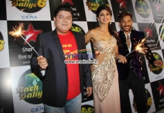 Sajid Khan, Shilpa Shetty & Terrence Lewis at Diwali Celebration on the Sets of Nach Balliye.