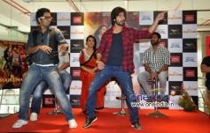 Shahid Kapoor performance at promotion of film R... Rajkumar