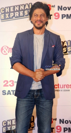 Shahrukh Khan during the Zee TV's success party for film Chennai Express