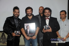 Sharib and Toshi with Sunny Deol and Prashant Kumar (Bluenote Entertainment) at the album release