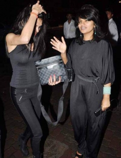 Sherlyn Chopra snapped at Jay Sean's private dinner