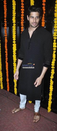 Sidharth Malhotra at Ekta Kapoor's Diwali Bash 2013