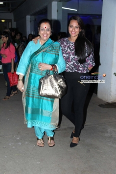 Sonakshi Sinha along with her mother Poonam Sinha at Special screening of Bullet Raja