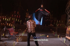 Sonu and Sandeep in Half Mentlu