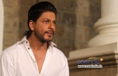 SRK celebrates his 48th birthday