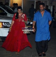 Suneil Shetty & Mana Shetty at Sohail Khan Diwali Bash 2013