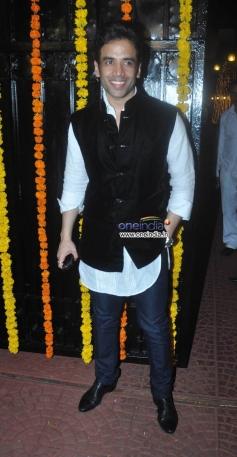 Tusshar Kapoor at Ekta Kapoor's Diwali Bash 2013