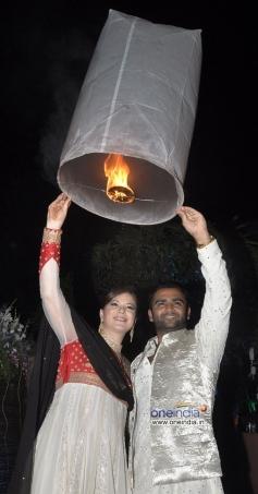 Urvashi Sharma aka Raina Johsi and Sachiin Joshi at their Diwali party