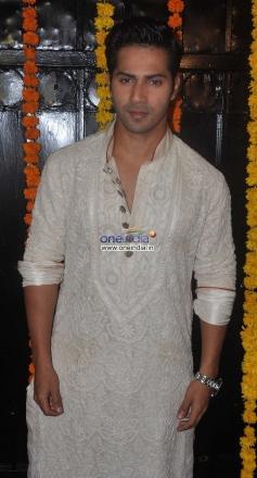 Varun Dhawan at Ekta Kapoor's Diwali Bash 2013
