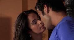 Vijay Singh, Mallika Sherawat get Intimated on the Show