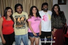 Yatiraj, Shubha Poonja, Nagashekhar in Film Tarle Nan Maklu