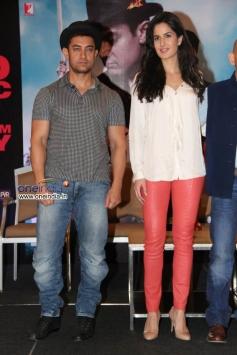 Aamir Khan & Katrina Kaif at Dhoom 3 film promotion at Chennai