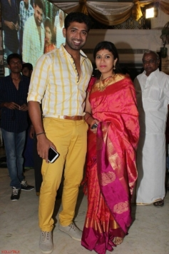 Arun Vijay and his wife