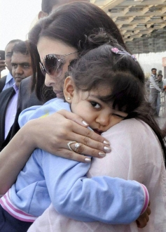 Aishwarya Rai with their daughter Aradhya arrive in Bhopal