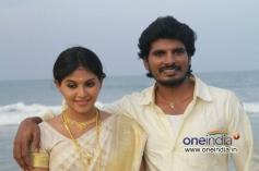Anjali and Dileepan still from Pranam Kosam Movie