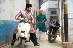 Arshad Warsi and Naseeruddin Shah still from film Dedh Ishqiya