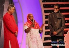 BIG B at CNN-IBN's Senior Citizen Awards 2013