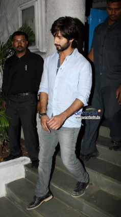 Shahid Kapoor leaving Olive after party