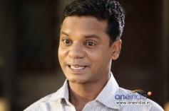 Dharmajan in Malayalam Movie Onnum Mindathe