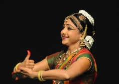 Dharmasthala Deepotsava 2013