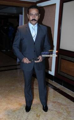 Gulshan Grover at CNN-IBN's Senior Citizen Awards 2013