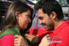 Karthi and Hansika Motwani still from Biriyani Movie
