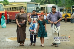 Meena, Mohanlal in Malayalam Movie Drishyam