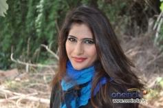 Neha Saxena in Kannada Movie Q