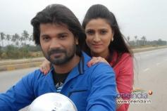 Prashanth and Namratha Sharma in Kannada Movie Vishesha