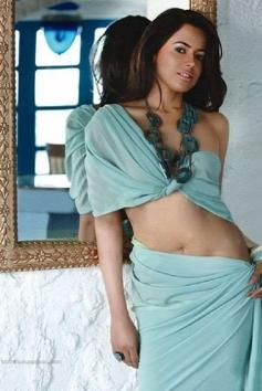 Sameera Reddy unseen photoshoot still
