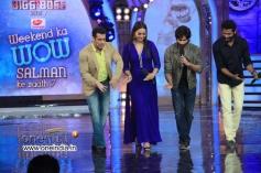 Shahid, Sonakshi and Prabhu Deva shake a leg with Salman Khan at Bigg Boss 7