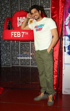 Sidharth Malhotra's film Hasee Toh Phasee promotion