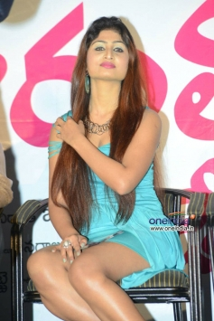 Swapna at Ide Charutho Dating Audio Launch