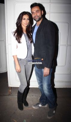 Abhay Deol with his girlfriend Preeti Desai at One By Two special screening